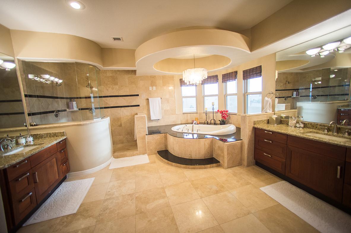 Padilla Homes El Paso Custom Home Builders Franklin Hills Carravagio Master Bath