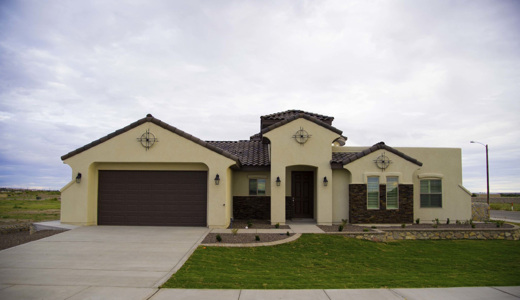 Haciendas Del Rio El Paso Tx Morgia Ii Curb View