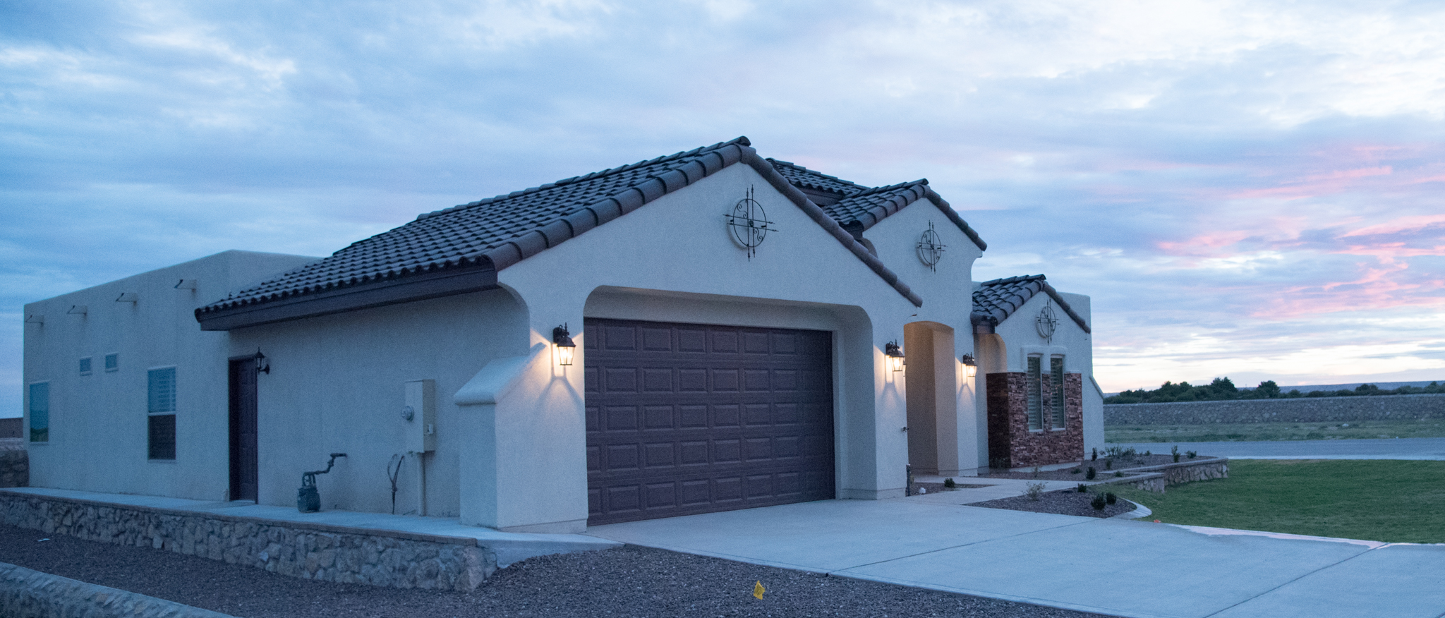 El paso custom homes padilla homes murcia haciendas for New homes in el paso tx