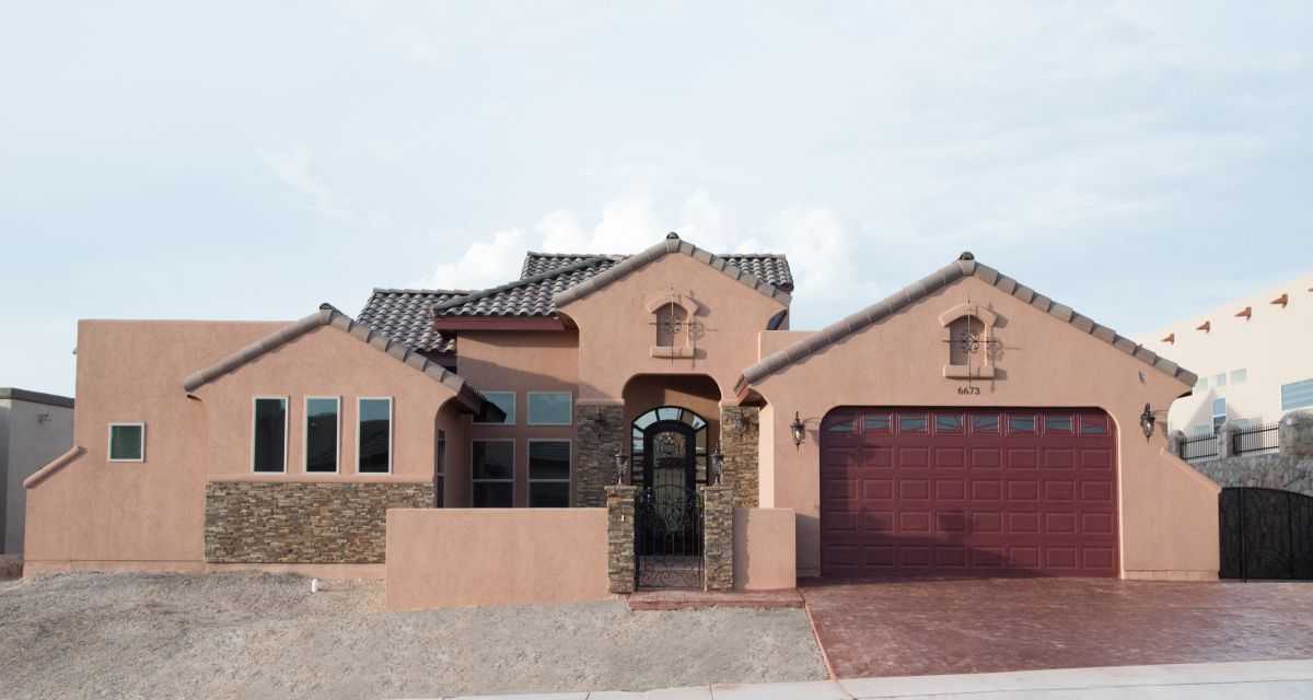 Custom homes el paso tx featured padilla homes for Home builder contractors